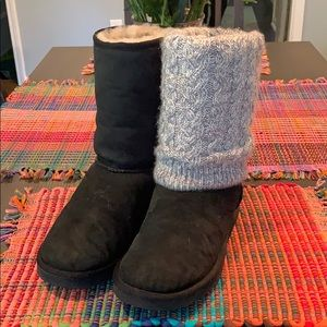~~Classic UGG Short Boot w Removable Sweater~~